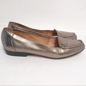 Nordstrom • Women's Gold Flats Size 9.5S